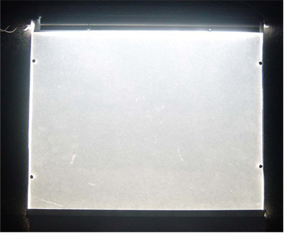 其他厂家导光板光源布局图